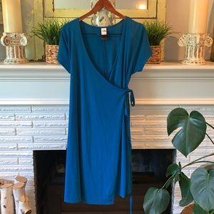 The North Face Blue Tie Waist Active Wrap Dress L